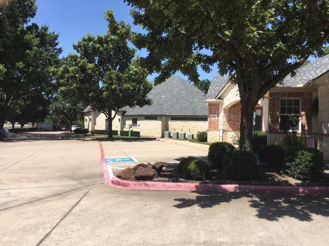 2320_southlake_blvd_parking_lot